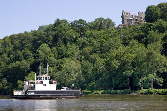 chester ferry and Gillettes Castle